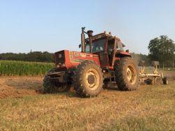 immagine trattore su campo, fonte macchineagricoledomani.it